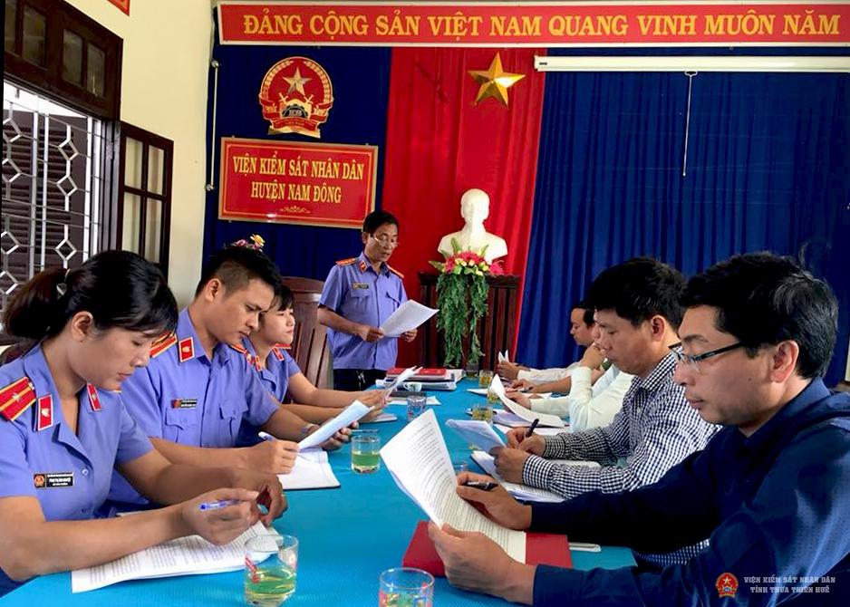 Buổi kiểm tra công tác thực hiện cải cách tư pháp tại VKSND huyện Nam Đông